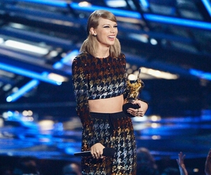 Taylor Swift, vma, and vma 2015 image