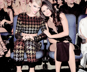 selena gomez, Taylor Swift, and vma image