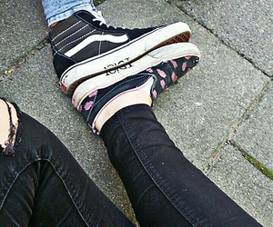 idiot and vans image
