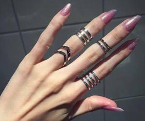 nails, grunge, and pink image