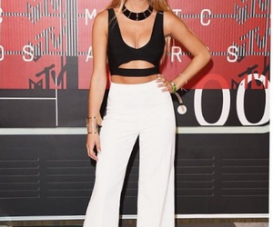 vmas, famous girls, and viners image