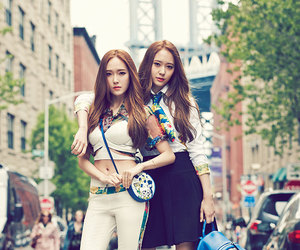 jessica jung, magazine, and jung sisters image