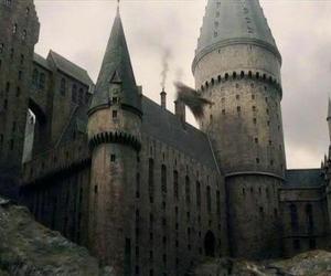 hogwarts, potter, and ron image
