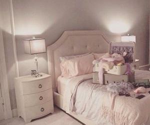 scream queens, bedroom, and room image