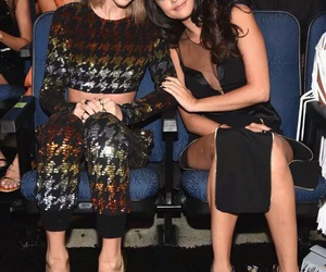 friends forever, 😚, and vma image
