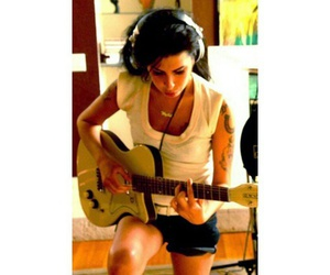 Amy Winehouse, beautiful, and Queen image