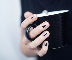 indie, manicure, and minimalist image