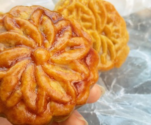 chinese food, dessert, and mooncake image