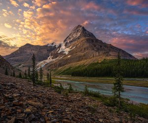 canadian rockies image