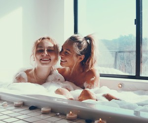 friends, bath, and best friends image