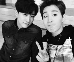 henry, super junior, and jinyoung image