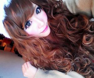 curly, hair, and himegyaru image