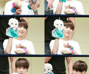 adorable, doll, and golden maknae image