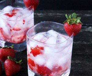 strawberry, ice, and drink image