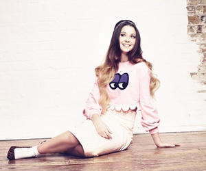 youtube, zoella, and zoe sugg image