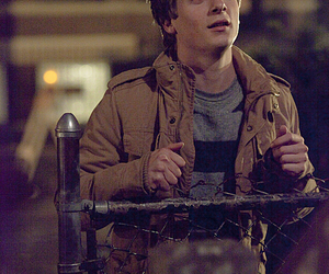 shameless and lip gallagher image