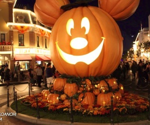 autumn, disney, and pumpkin image