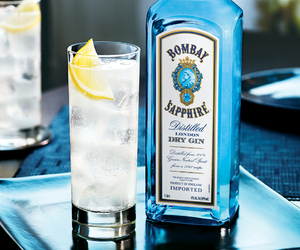 gin and bombay sapphire image