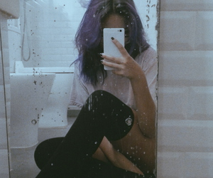 bathroom, chill, and grunge image