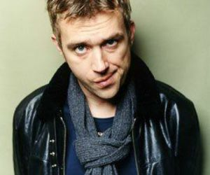 damon albarn, gorillaz, and blur image