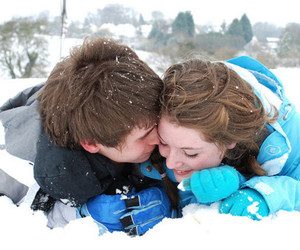couple and snow image