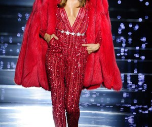 Zuhair Murad, model, and red image