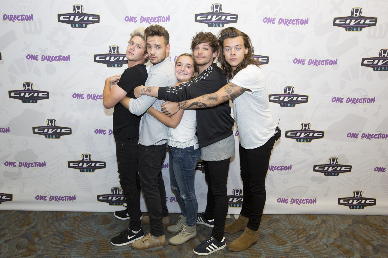 31 Images About Meet And Greet Goals On We Heart It See