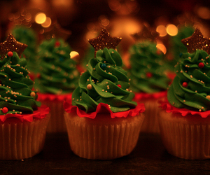 christmas, cupcake, and tree image