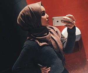 beauty and hijab image