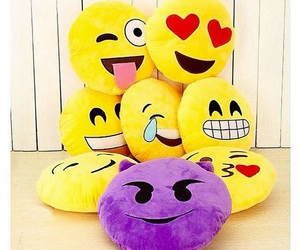 coussin, Jaune, and smiley image