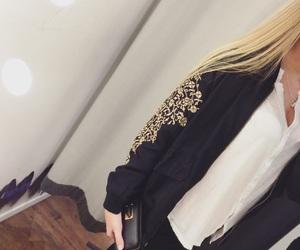 black, blondie, and details image