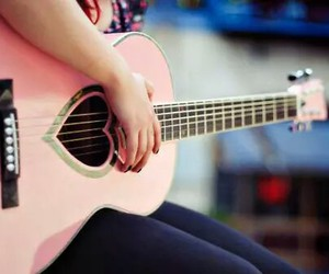girly, music, and pink image