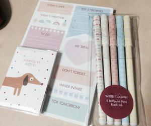 Paper, stationery, and pastel image