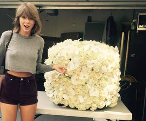 cool, cutie, and Taylor Swift image