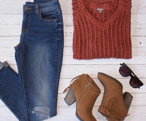 charlotte, outfit, and otoño image