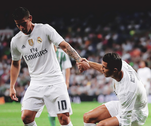 cristiano ronaldo, real madrid, and james rodriguez image