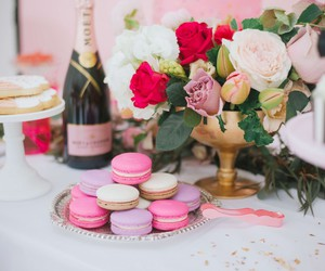 beautiful, champagne, and Cookies image