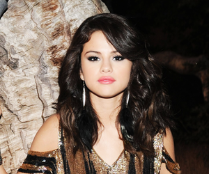 selena gomez, wallpapers, and backgrounds image