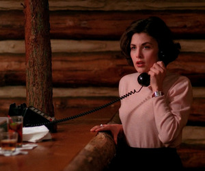 90's, agent cooper, and Audrey Horne image