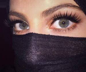 girl, beauty, and blue eyes image