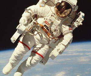 amazing, space, and astronaut suit image