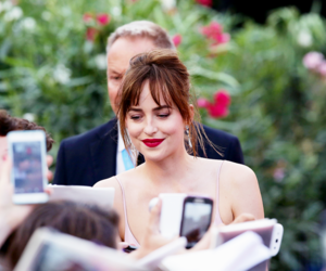 dakota johnson image