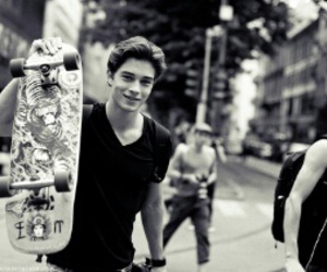 boy, skate, and Francisco Lachowski image