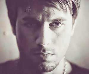 enrique iglesias, handsome, and Hot image