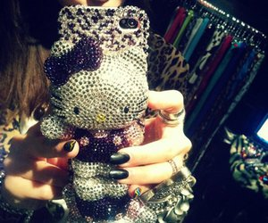 case, hello kitty, and iphone 4 image