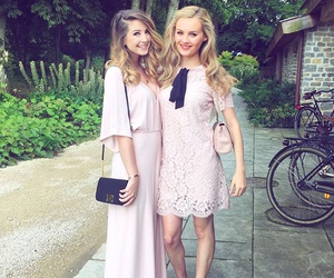zoella, zoe sugg, and niomi smart image