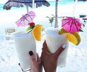 drink, summer, and parasole image