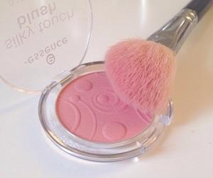 blush, brush, and essence image