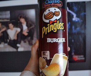 food, pringles, and big time rush image