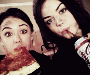 pizza, queens, and lucy hale image